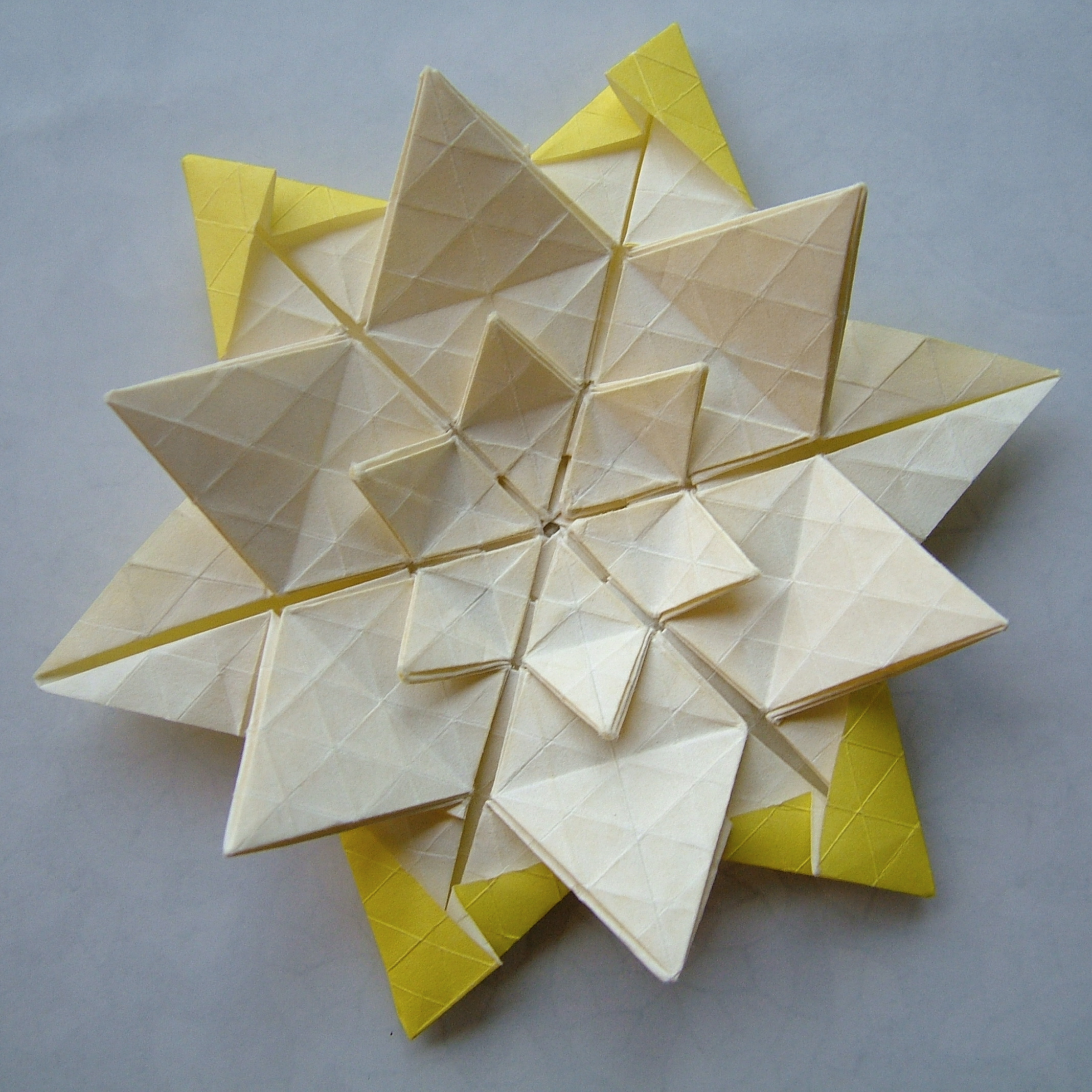 star twist 21 � origami tessellations